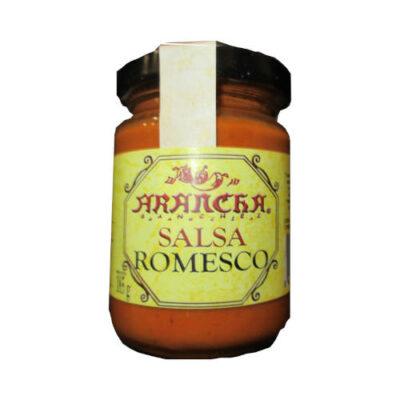 Tarro de cristal con salsa romesco