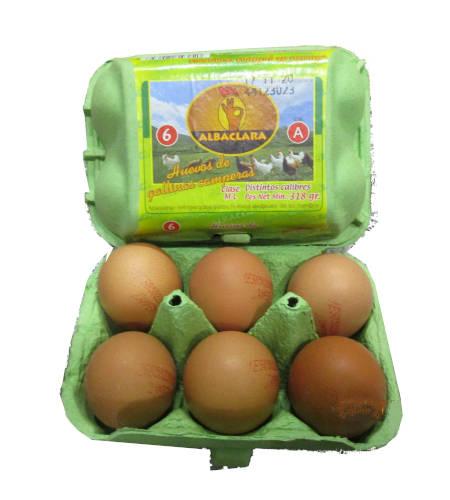 caja con media docena de huevos camperos de gallinas campers marca albaclara