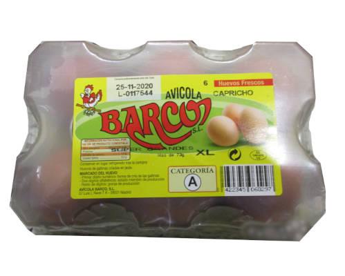 caja con media docena de huevos capricho