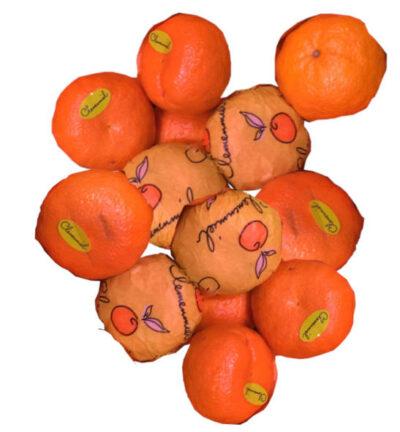 varias mandarinas clemenmiel con su etiqueta